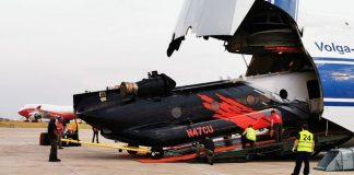 El helicóptero tiene la capacidad de cargar 12.000 litros de agua. Foto: @evoespueblo.