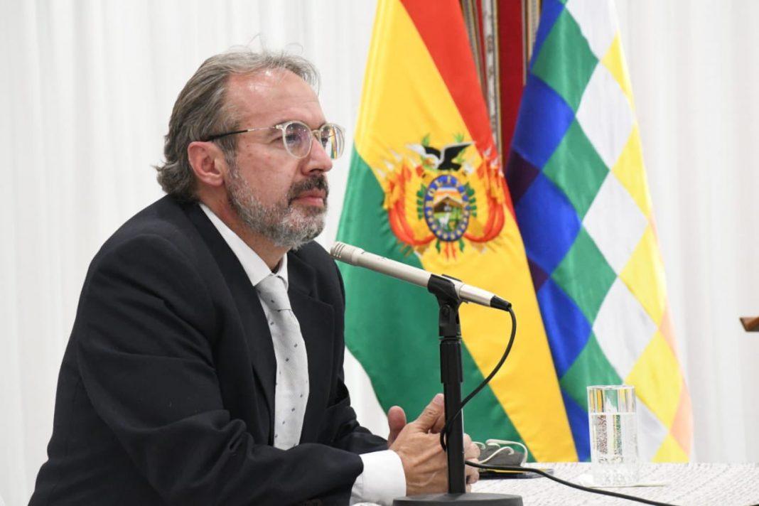 Politólogo Jorge Richter es posesionado como Vocero Presidencial